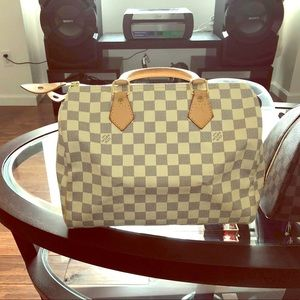 Authentic speedy 30 Louis Vuitton